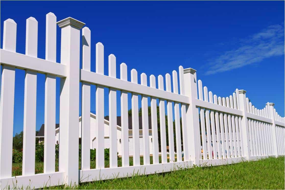 Elk Grove vinyl fence
