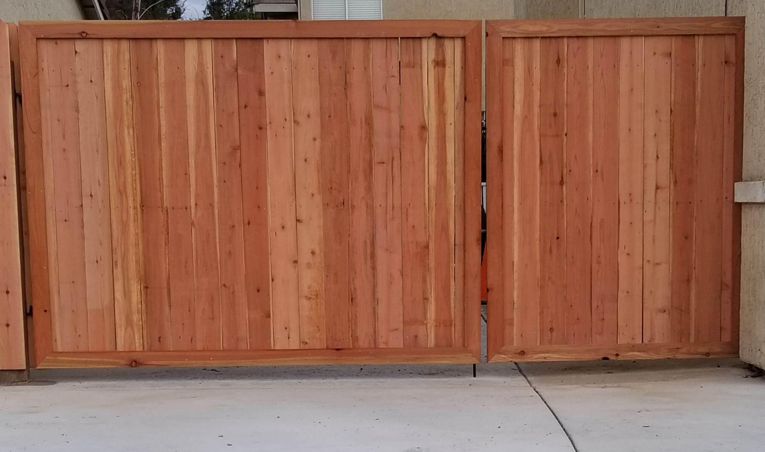 wooden gates Bates Fencing, Elk Grove