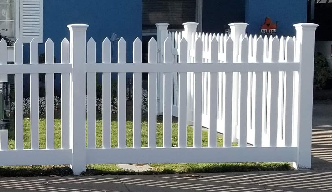 corner picket fence, Bates Fencing, Elk Grove